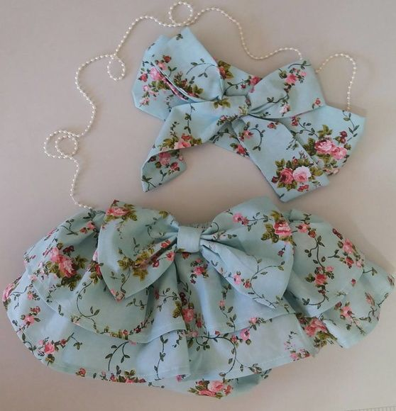 Calcinha de babados com turbante lindo. Feitos em tecido popeline 100% algodão nos tamanhos( P de 0 á 4 meses), tamanho (M de 5 á 8 meses) e o (G de 9 á 1 ano).