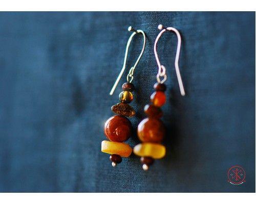 Onyx (Pakistani) earrings with amber