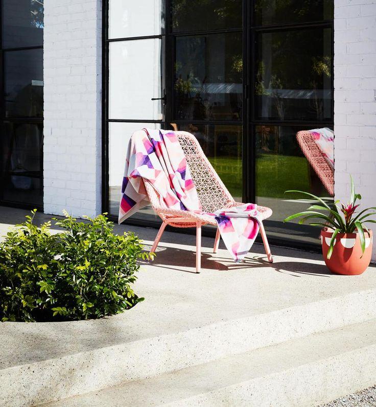 Maya Lounger Chair - Peach