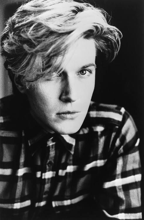 David Sylvian (David Batt) (February 23, 1958) British guitarist, keyboardist and singer, o.a. known from the band Japan.