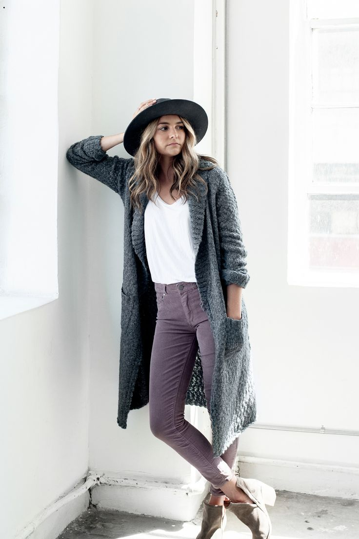 Paige Denim | The Style Guide  Sloppy Elegance in the Magdalen Cardigan, Lynnea Tee + Hoxton Ankle Zip in Mauve Corduroy