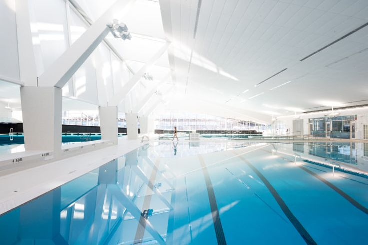 25m competition pool