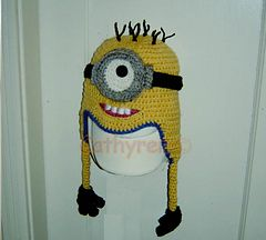 Minion Beanie Knitting Pattern : Minion Earflap Hat/Beanie with Changeable Goggles pattern by Cathy Ren Mini...