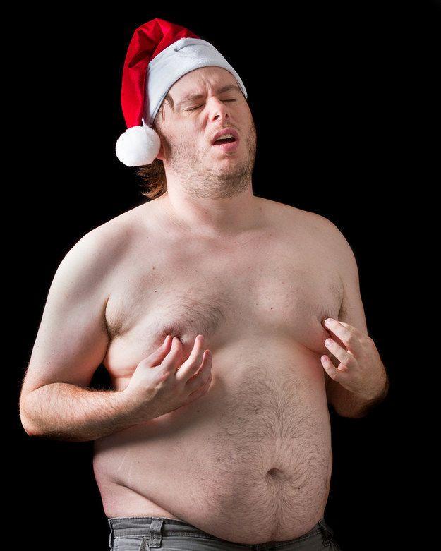 Un gros Père Noël pinçant ses tétons : | 50 photos de banques d'images complètement inutilisables