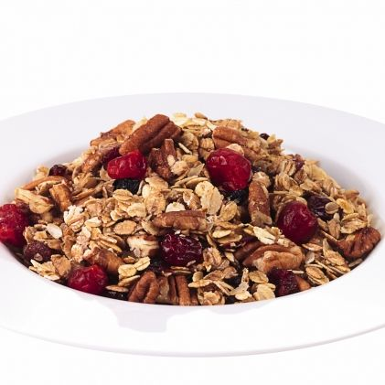 2 cups rolled oats 3/4 cup coarsely chopped, unsalted pecans 1/2 ActiFry spoon canola oil 1/3 cup pure maple syrup 1/2 tsp vanilla extract 1/4 tsp ground cinnamon 1/8 tsp salt 1/3 cup dried cranberries
