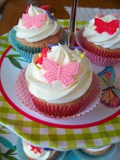 Libby's Cupcakes Etc: Kids Cakes