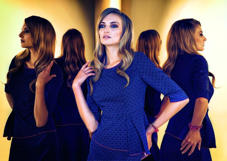 #prettyonewarsaw   Kolekcja Autumn Winter 2014/15 granatowa sukienka z rozcięciem, tunika i spódnica, stylizacja wieczorowa