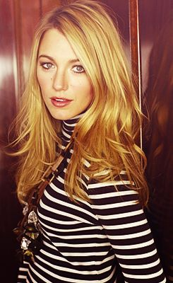 BLAKE / BLACK & WHITE STRIPES / MY FAVORITE... TO WEAR CUTE STRIPES.