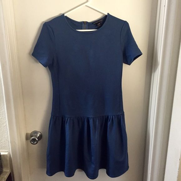 Victoria's Secret Dress XS Victoria's Secret Navy colored Dress, zips up in the back. Size Extra Small Victoria's Secret Dresses Mini