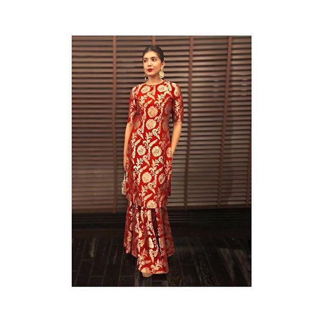 Kaiynaat Dara in our 'Nazneen' Varanasi silk brocade kurta