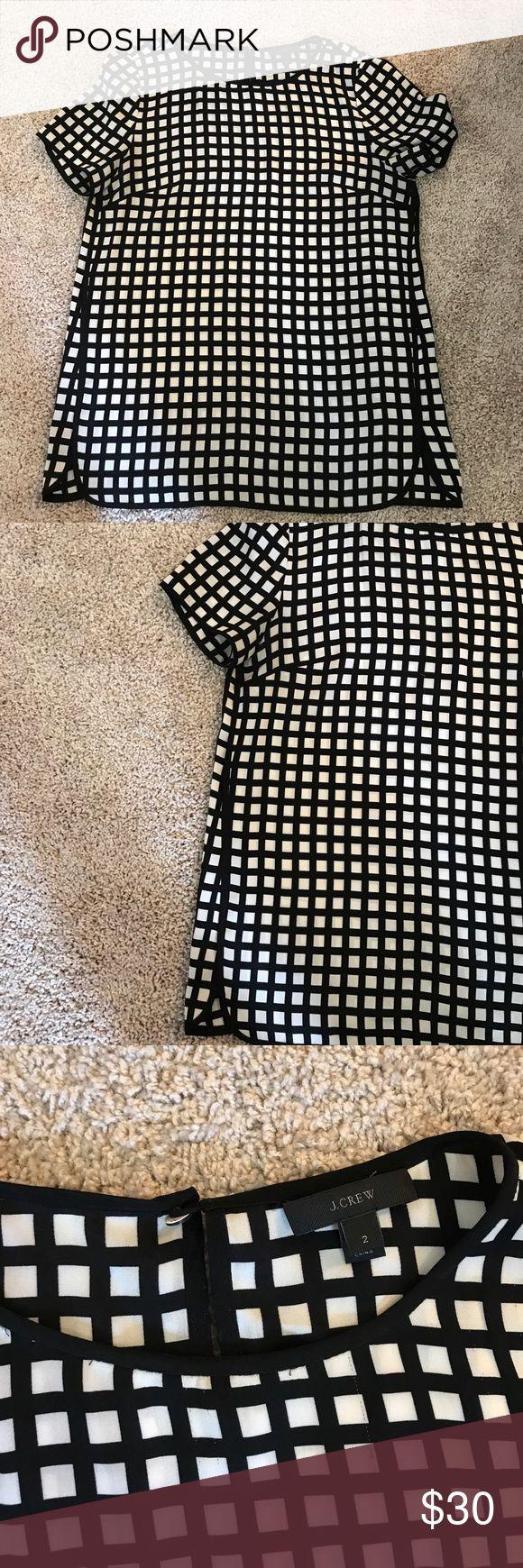 J Crew Black and White Short Sleeve Blouse 92% Silk, 8% Spandex. Short sleeve blouse. Black and white geometric print. Size 2. J Crew. J. Crew Tops Blouses