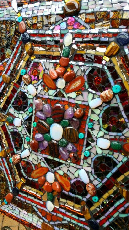 Detail. Semiprecious stones in Street cart