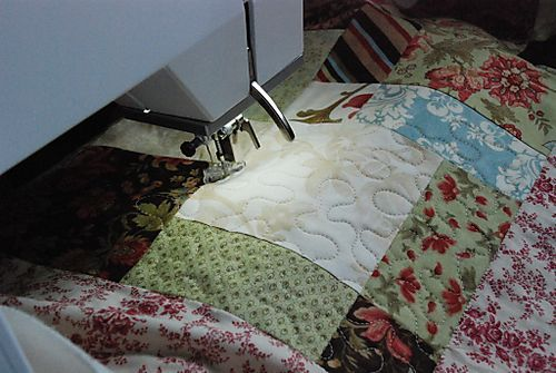 Machine quilting tips.