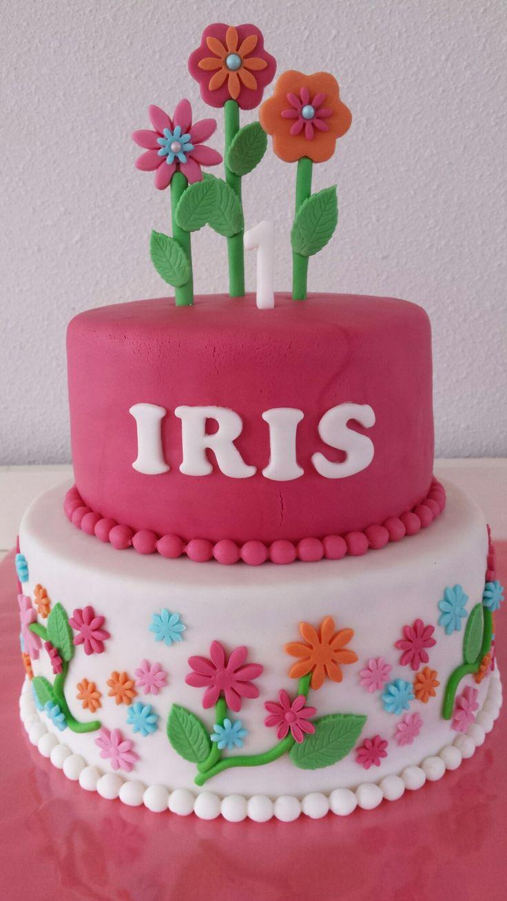 Taart / meisje / bloemen / cake / girl / flowers