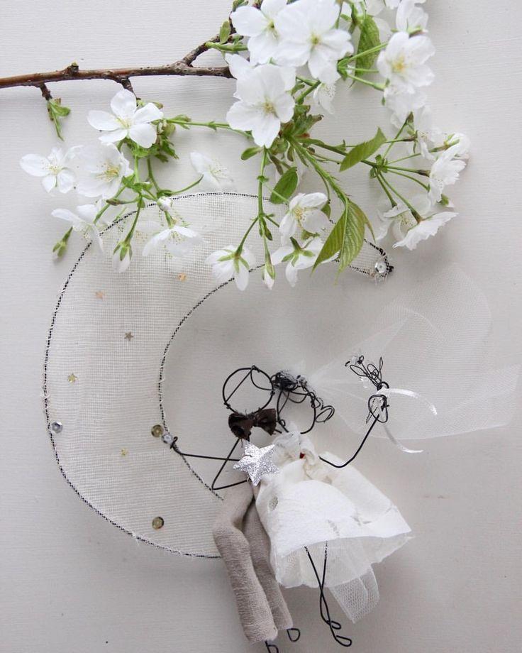 """""""Mi piace"""": 283, commenti: 7 - Daniela Corti•Wire & Textile (@filidipoesia) su Instagram: """"Love poems in the making 🌿 Poesie d'amore pazienti e leggere"""""""