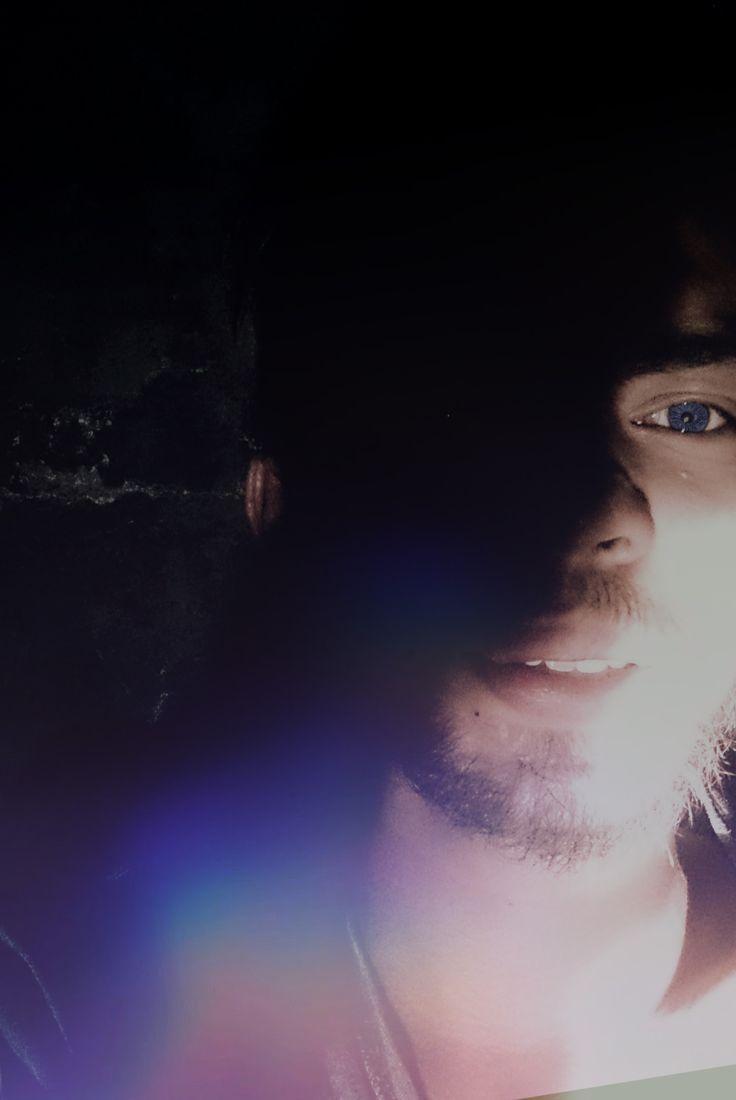 Antara gelap dan terang