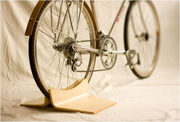 PINCH BIKE STAND | BY CLANK WORKS | Image Not sure where to buy it...
