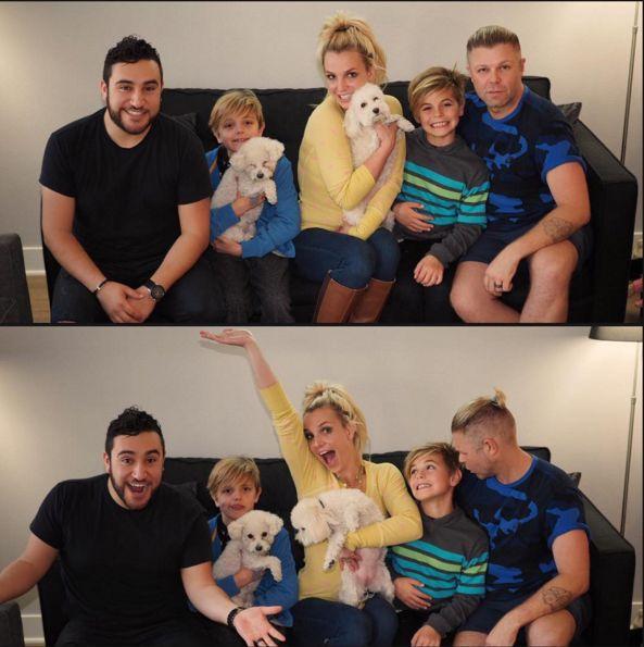 "Britney Spears & Sons: ""Happy Holidays"" - http://site.celebritybabyscoop.com/cbs/2015/12/21/britney-spears-happy-holidays #BritneySpears, #Christmas, #Dogs, #HappyHolidays, #JaydenFederline, #PrestonFederline, #Pups"