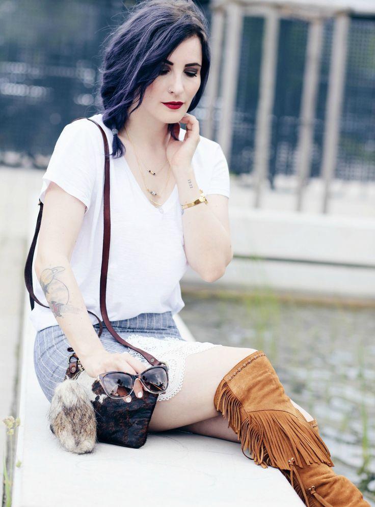 Overknee Fransenstiefel kombinieren, braune Fransenstiefel, Sommerlook, Bleistiftrock  stylen, Overknees im Sommer, Like A Riot, Dolce & Gabbana Sunnies, Mode Blog, Fashion Blog, Summer Style, Summer Outfit