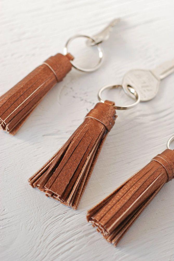 DIY: keychain tassel