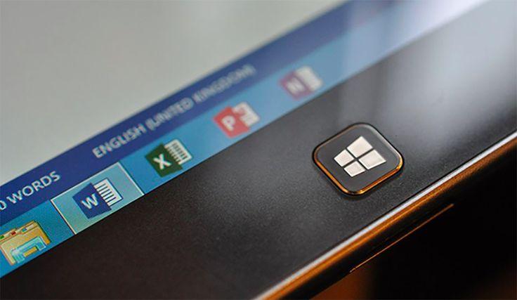 Ieri Microsoft ha annunciato la sua prossima release di Office a Ignite, Orlando, con un rilascio previsto per il prossimo anno. Office 2019 (che arriverà nella seconda metà del 2018) includerà le solite applicazioni client come Word, Excel, PowerPoint e Outlook, accanto alle versioni server di...