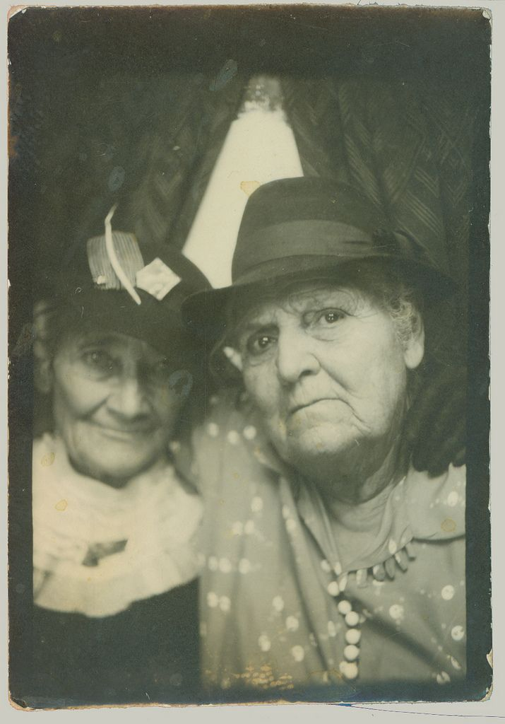 Alice B Toklas and Gertrude Stein photo booth
