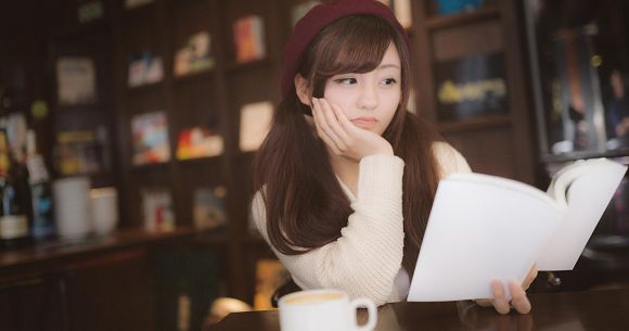 Pro claims many of Japan's light novel authors can't write, aren't the ones creating theirbooks | SoraNews24