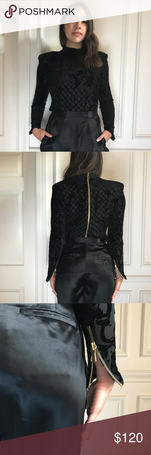 BALMAIN X H&M BURNED BLACK VELVET TURTLENECK Goooooorgeous. Says a 10 but it fits like a 6! Hm sizes are weird! Has BEAUTIFUL gold details. Feels and looks so expensive. I would keep but it doesn't look good on me😕 Balmain Sweaters Cowl & Turtlenecks