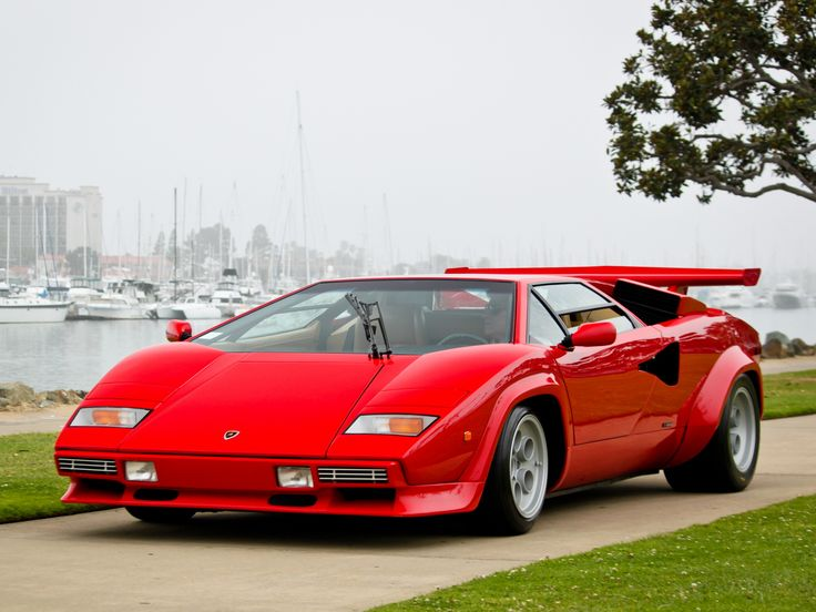 Lamborghini Countach 1985-89 This is the car I had pictures of on my wall and used to draw in drafting class all the time