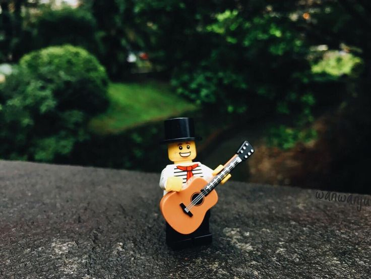 The 25+ best Lego guitar ideas on Pinterest | Lego falcon, Amazing ...