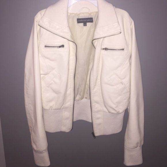 Cream leather jacket Never worn cream leather jacket! 10/10 condition! Heavy inside material, makes it great for fall/winter Jackets & Coats
