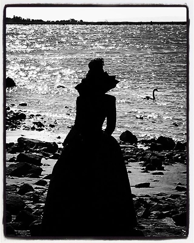 Lost in thought ... A nice change from the Enchanted Forest ... #onceuponatime #magic #longlivethequeen #evilregals Photo credit: @deepbludiver 😈👑🤘🏽
