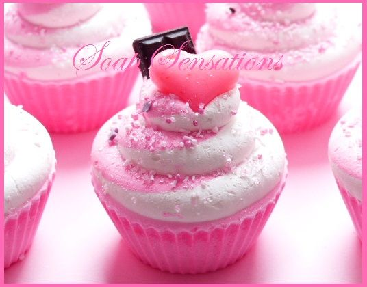 Plain and simple can be enough. Cupcake soap! or, soap cupcakes :) The Happy Housewife and her soap obsession: I Love Cupcakes