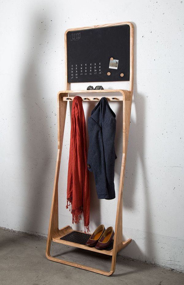 Leaning Loop, a compact organizer that props itself against a wall / by Jason van der Burg