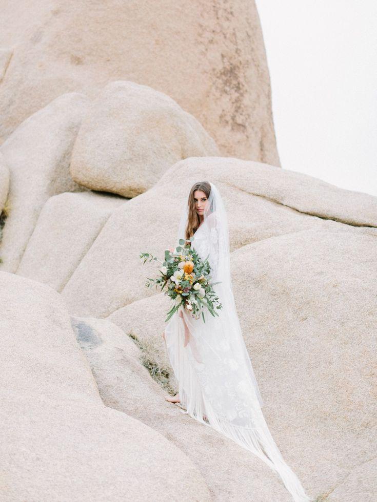Joshua Tree wedding inspiration. Dessert wedding inspiration. RomaBea Photography. Flowers: Plentyofpetals.com