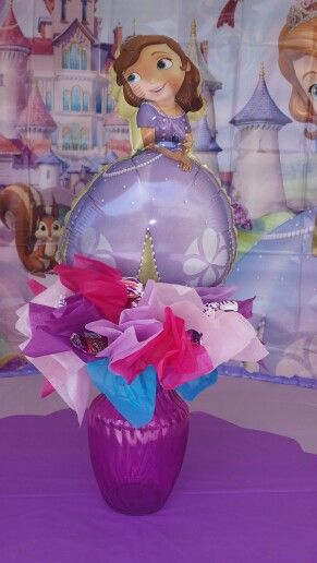 Sofia the first centerpiece by me €£@ jeanny's birthday