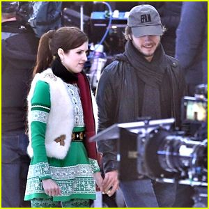 Anna Kendrick's Boyfriend Ben Richardson Visits Her on 'Noelle' Set on Thanksgiving