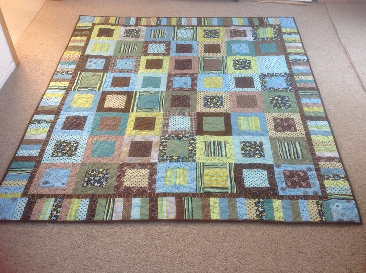 Tayla's scrap quilt for her 18th birthday.  Completed for her 19th birthday :)