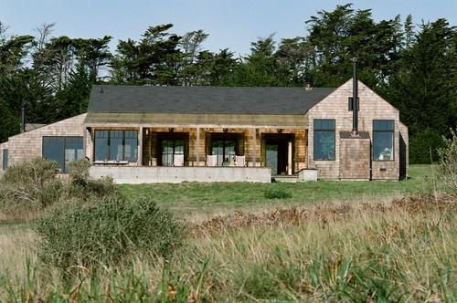 Rustic modern too modern inside craftsman farmhouse - Rustic modern farmhouse exterior ...