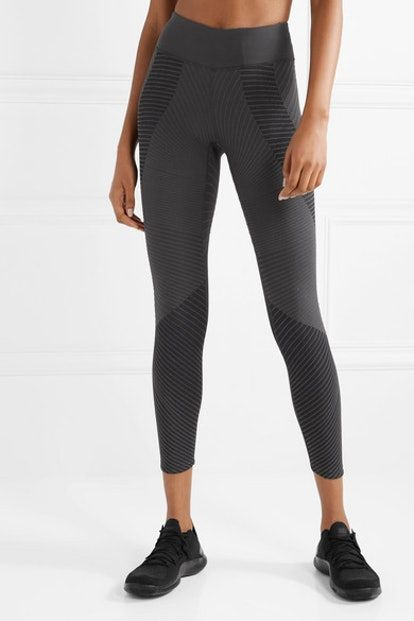 2ee20347a6 The Best Fleece-Lined Leggings To Keep You From Freezing During Winter  Workouts