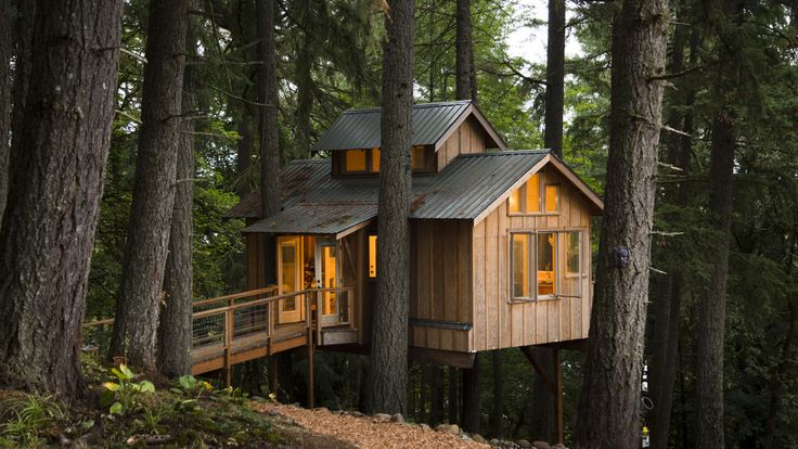 "Treehouse in Newberg, Oregon Filmed by Sam Price-Waldman and The Atlantic for a short documentary about treehouse cabins. ""In this short documentary, we interview people who build, live in, and love treehouses. These are far from the forts of..."