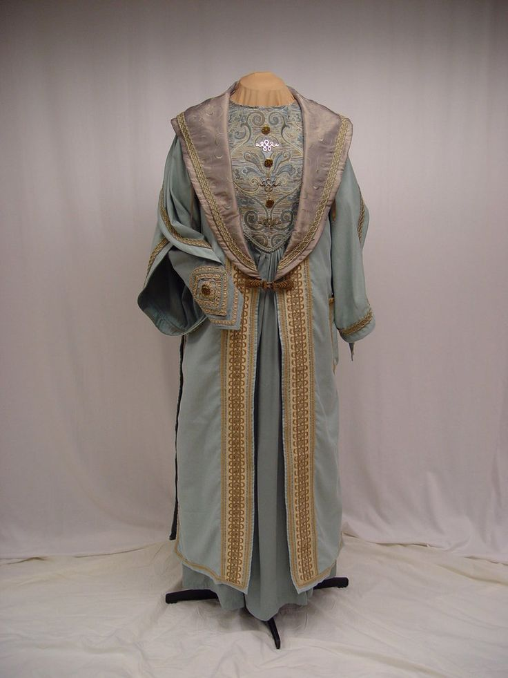 Dumbledore robe-front by magic-needle on deviantART