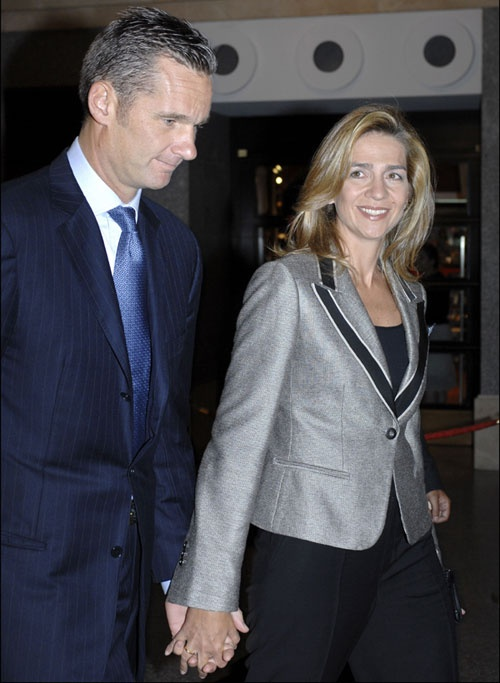 Los Duques de Palma celebrarán la Nochebuena en el palacio de la Zarzuela #realeza #casareal