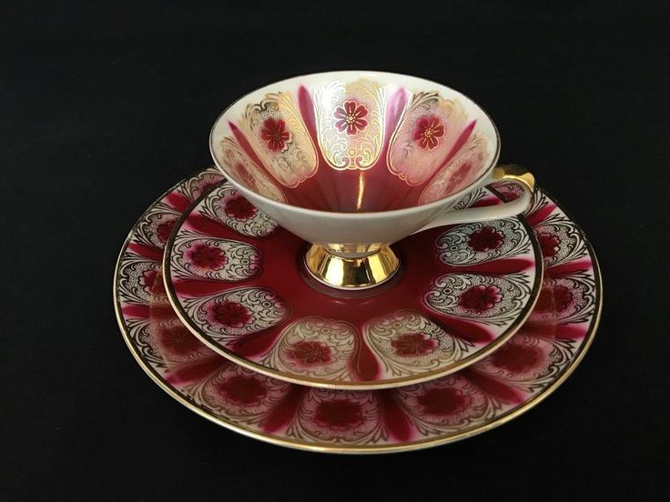Antique 1920's Carl Schumann Bavaria Ornate Floral Trio Set in Red and Gold - Tea Cup, Saucer, Plate - Early 20th Century Fine China Teacup set