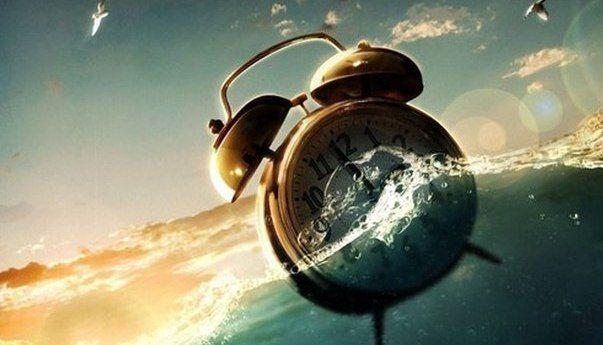 Время - это единственное, что нельзя накопить, оно не сохраняется и не увеличивается. Его можно только обменять - на деньги или на знания. Время - это вообще самое важное. Используйте его с толком.