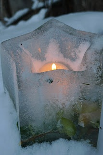 Candles add warmth and glow during the winter months, but placing them in a tray made of ice makes tham even more beautiful. -Craft House
