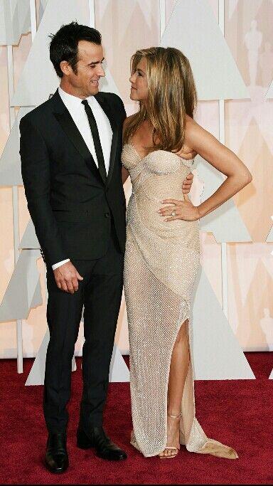 Justin Theroux e Jennifer Ainston de Versace