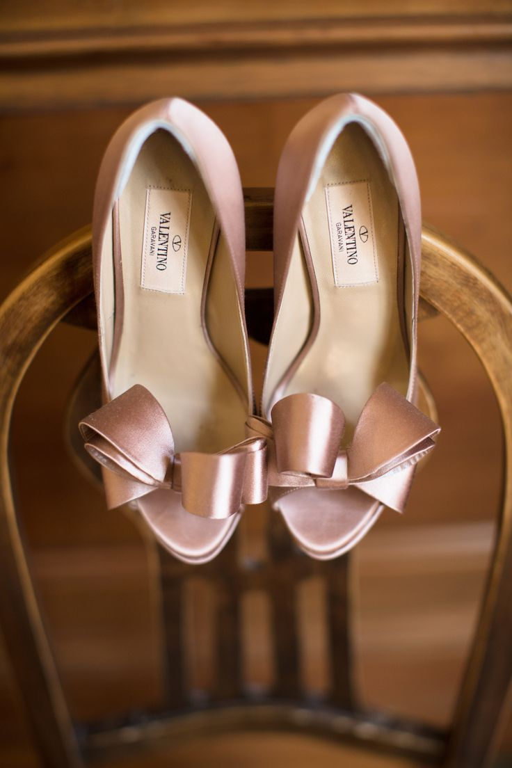Valentino ~ Heels with satin bows, blush pink