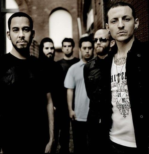 Saw them live! Rocked my world! <3 Linkin Park <3 http://userserve-ak.last.fm/serve/_/21871115/Linkin+Park.jpg