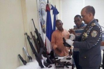 PN desmantela dos bandas de delincuentes, una de ellas dirigida por Oficial médico del Ejército - Cachicha.com